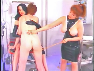 Spanking Whip Leather Slave Spanking Kissing Teen Sleeping Mom Caught Mom