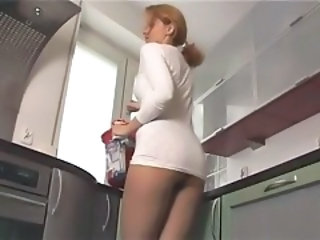 Kirsty Blue - Lovely chick in kitchen