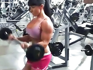 Sexy Female Muscle FBB Bicep Workout - Ameman