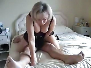 Mature amatuer homemade big tits