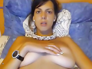 Busty Cam Girl Cums ON Cam