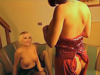 Maria Loren - amazin' lesbian with an hot blonde
