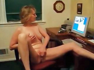 Masturbating Solo Mature Glasses Mature Masturbating Mature Masturbating Webcam