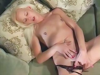 Blonde Masturbating Nipples Blonde Teen Masturbating Teen Nipples Teen