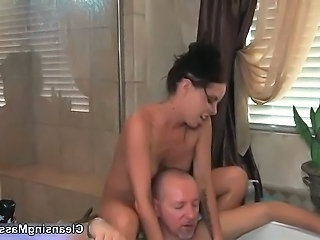 Old guy gets horny getting her body