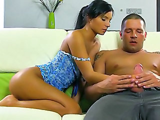 European Virgin Gina Lutaja Fakes Defloration