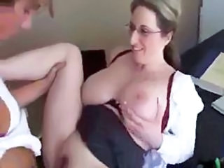 Today Is This Mommy`s Last Day As Teacher, So She Decides To Fuck Her...