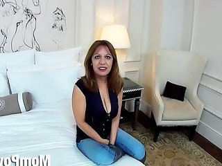 Big Natural Tits Latina Milf Behind The Scenes