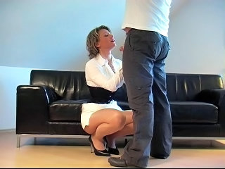 Video posnetki iz: xhamster | German Fantastci Handjob In Front Of Him White Dress Heels