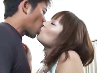 Hairy Japanese Girl Get A Creampie