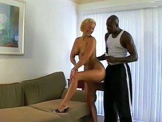 Video posnetki iz: xhamster | Blonde ride a big black cock...