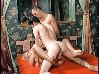 Blonde With A Couple Of Bi Boys Taking T...