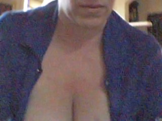 AlydareDD Mature Webcam tit-tease.