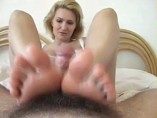 Feet Pov MILF Foot Footjob