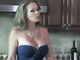 Kitchen Wife MILF Wife Milf