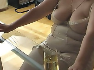 Wife Lingerie Chubby Chubby Ass Cumshot Ass Foot