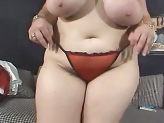 Hairy BBW Wanks For You