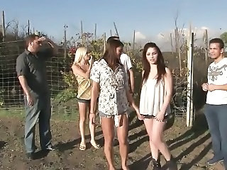 Party Groupsex Outdoor Group Teen Outdoor Outdoor Teen