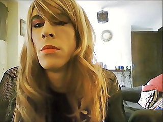 crossdresser close up vid 2