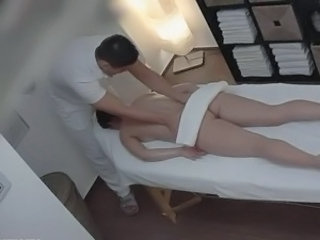 Teen gets a Massage with 'Happy Ending'