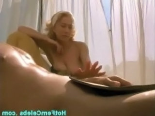 Mature british celebrity Hellen Mirren showing nice tits free