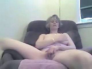 "Russian Babe Sucks On Her Husband Dicks With Lavish Tonguing! Damm"" class=""th-mov"