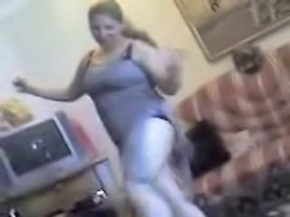 "Hot Egyptian Milf Sexy Dance"" class=""th-mov"