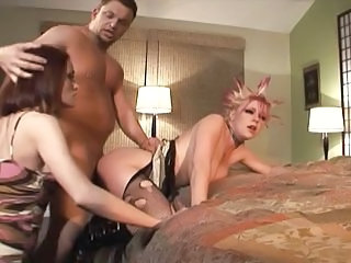 Wife Catches Her Husband Fucking His Punk Mistress In The Ass