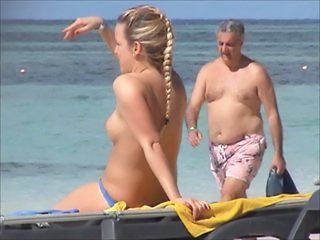 beach girl 004 incredible 2 german  topless punta cana part1