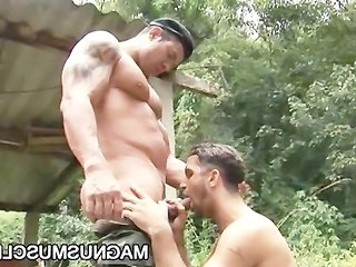 Army Muscle Guys Junior Pavanello And Yuri Bryan Doing Sexercise