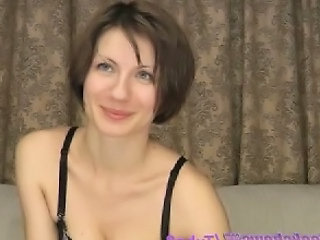 Solo MILF Webcam