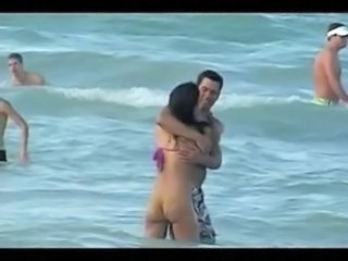 Celebrity Beach Bikini Beach Voyeur Bikini Celebrity
