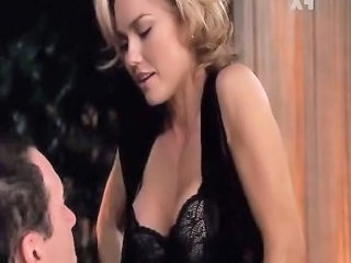 "Kelly Carlson - Nip Tuck"" class=""th-mov"