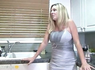 Kitchen Mom MILF Old And Young