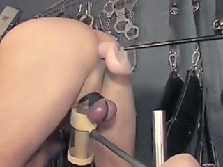 http%3A%2F%2Fxhamster.com%2Fmovies%2F2947726%2Fmechanical_milking_overload.html