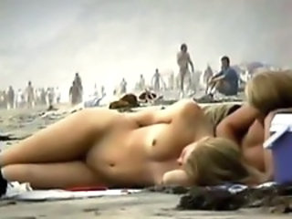 http%3A%2F%2Fxhamster.com%2Fmovies%2F2989952%2Fcouple_play_on_the_nude_beach.html