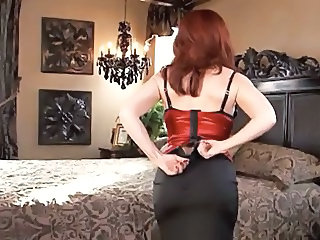 Redhead Ass Stripper Milf Ass