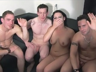 Whore loves fisting squirting d  cocks A75