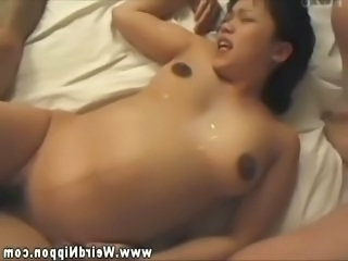 Pregnant asian getting pussy fucked by lucky guys