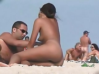 Nude Beach Hot Babes