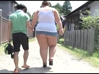 Farm Ass  Bbw Milf Farm Milf Ass