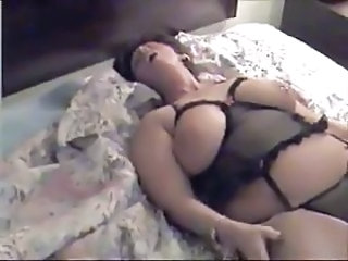 Mature Chubby Brunette Gets BBC With Huge Facial