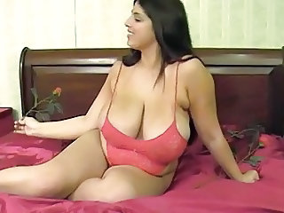 Big Natural Milf Tube