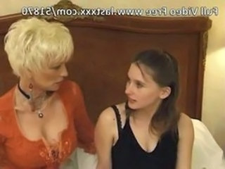 Teen Daughter Lesbian Anal Mom Anal Teen Daughter