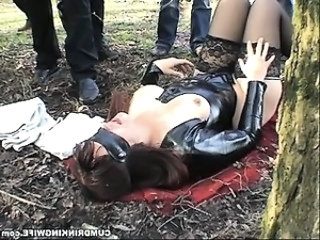 Wife cum drenched by strangers in public park