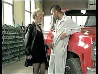 french slut enjoys double penetration from two mechanics
