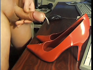 Cumshot on GF Highheels part 7