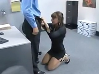 She fucks her boss to keep the job