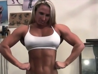 Muscled Gym Girlfriend Cum