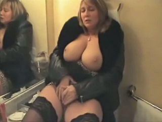 Amateur Bathroom Big Tits Amateur Amateur Big Tits Bathroom